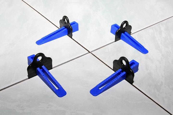 Nivelliersystem-Keile-Verlegehilfe-Fliesenkeil-Blau-100-Stueck Indexbild 2